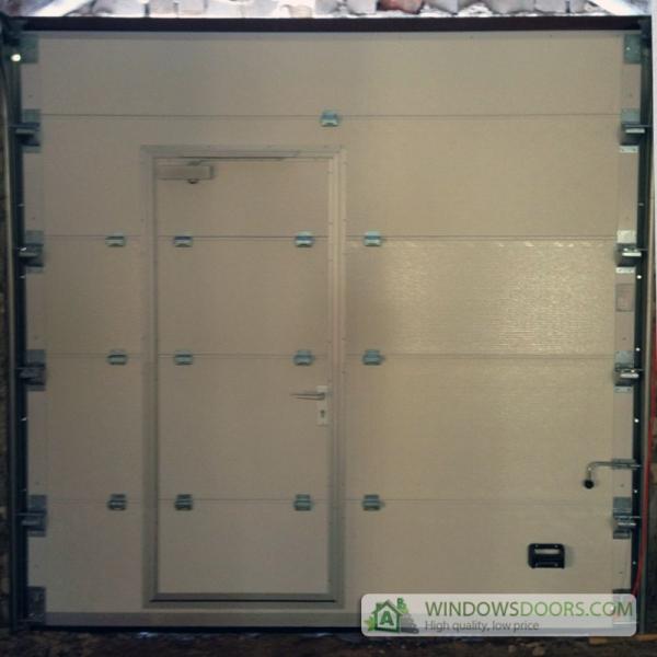 Pakeliami garazo vartai naudoti